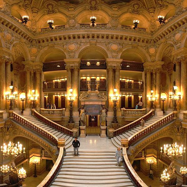 Performances at Palais Garnier