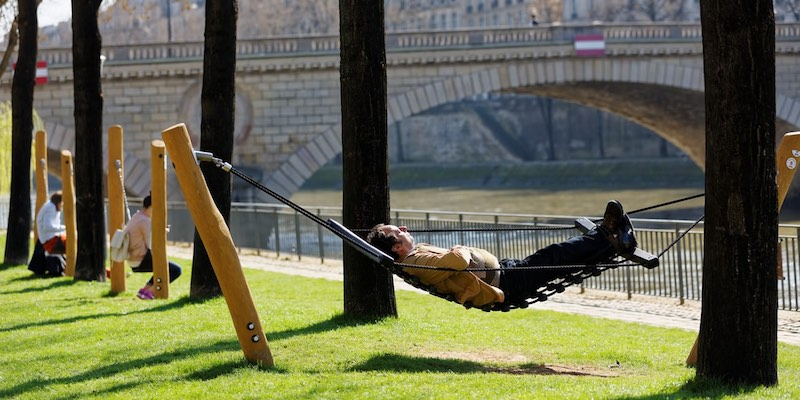 Resting along the Seine