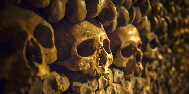 Catacombs of Paris Walking Tour