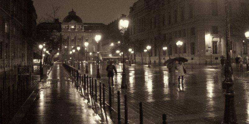 Night Walking Tour of Paris