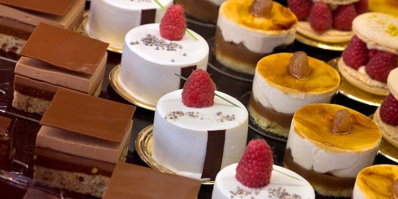 Paris Patisseries – History, Shops, Recipes