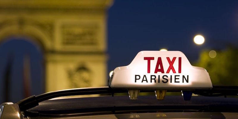 Taxis from CDG to Paris