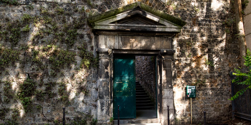Pere Lachaise back gate