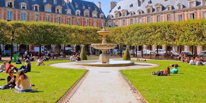 Place Royale AKA Place des Vosges