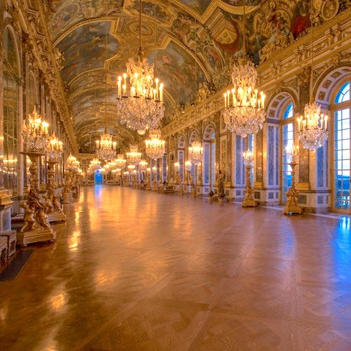 Versailles Guided Tour & Grand Canal Gourmet Lunch